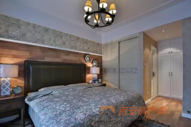 主卧室床头 装修 衣柜 卫生间