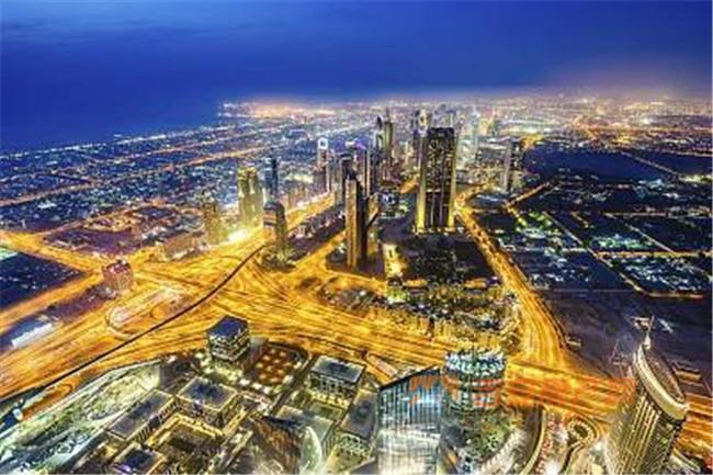 城市夜景图-吉安房产网