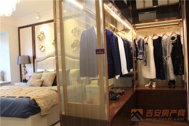 蓝光雍锦半岛样板房实景图-吉安房产网